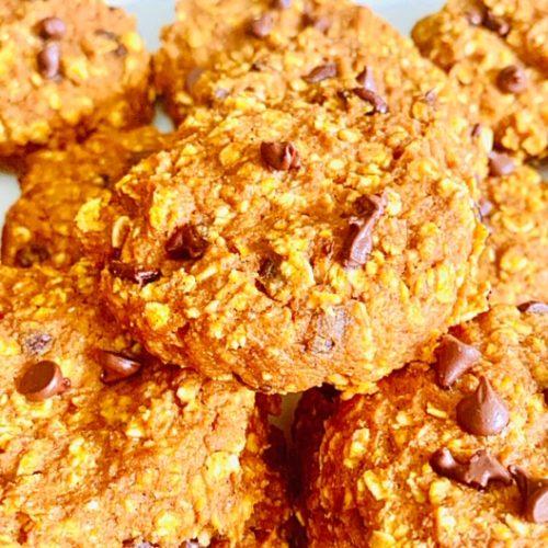 Pumpkin Spice Chocolate Oatmeal Cookies