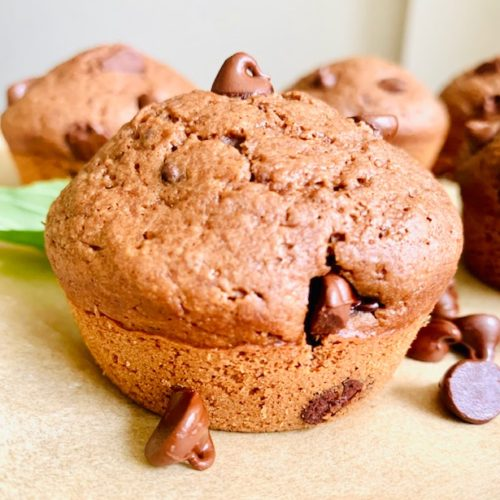 Healthy Mint Chocolate Chip Muffins