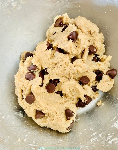 Healthy Chocolate Chip Cookie Dough